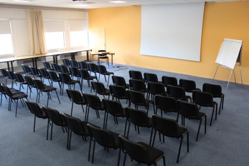 seminaire_salle_cezanne_arles_palais_congres